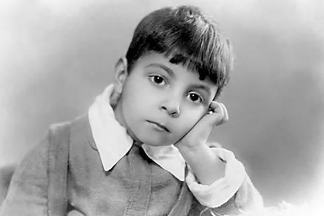 Микаэл Таривердиев в детстве