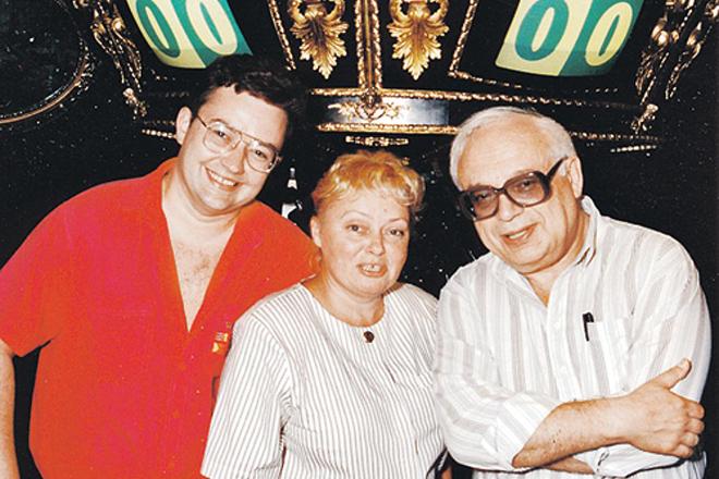 Владимир Ворошилов с женой и сыном