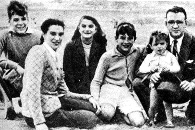 Че Гевара с семьей