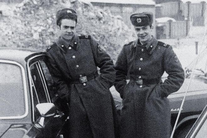 Юрий Торсуев и Владимир Торсуев в армии