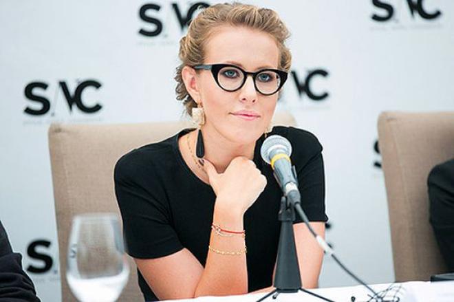 Ксения Собчак на пресс-конференции