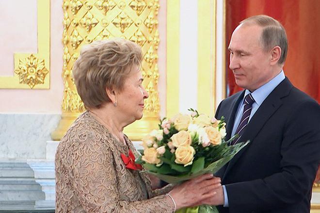 Наина Ельцина и Владимир Путин