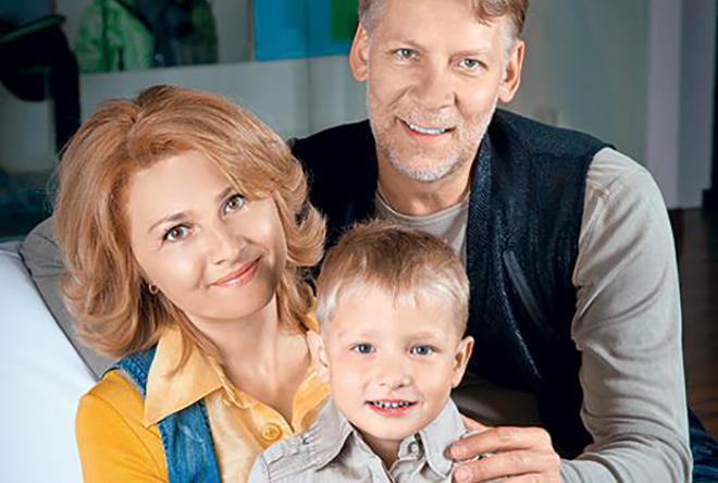 Виктор Раков с семьей