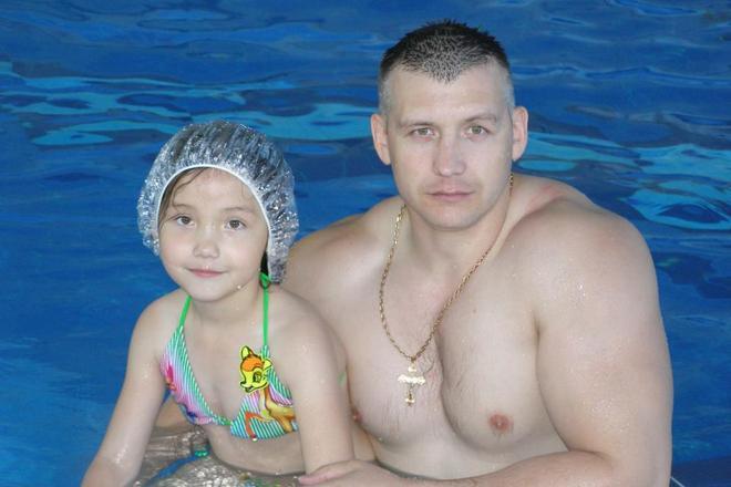 Максим Артамонов с дочерью