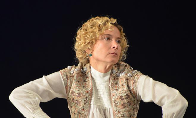 Юлия Высоцкая в театре