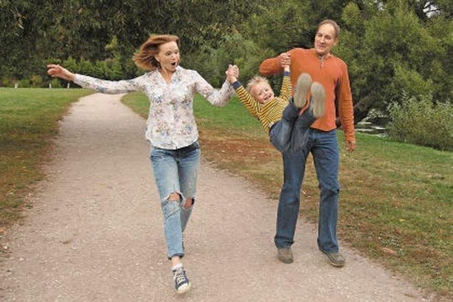 Юлия Вайшнур и ее муж Сергей Терещук с сыном