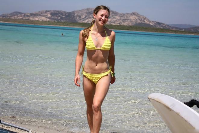 Дарья Домрачева в купальнике