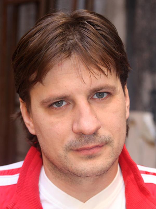 Актёр александр гришин ищу девушку для работы в новосибирске