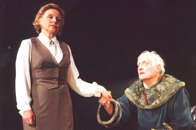 Лариса Малеванная в театре