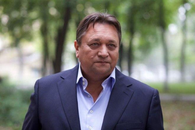 Александр Клюквин в сериале «Измены»