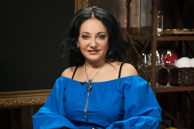 Экстрасенс Фатима Хадуева