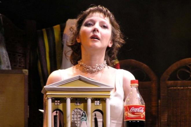 Ольга Понизова в театре