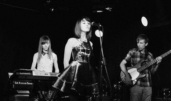 Айгель Гайсина в составе группы «Так красиво темно»