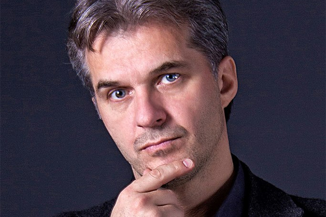 Актер Олег Харитонов