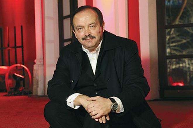 Телеведущий Андрей Козлов