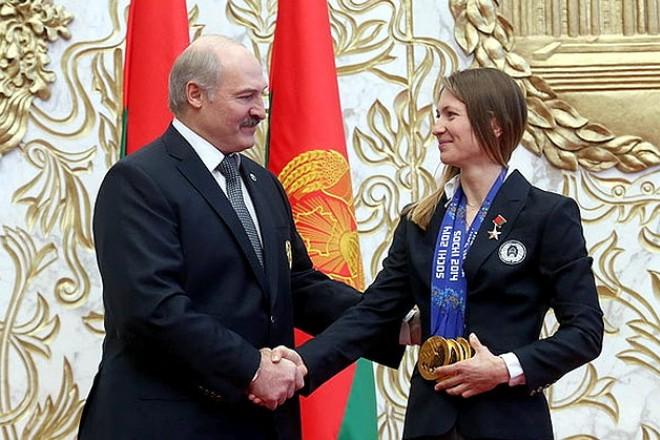 Александр Лукашенко и Дарья Домрачева