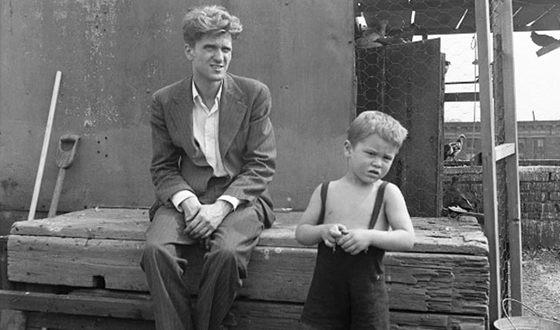 Роберт Де Ниро в детстве с отцом