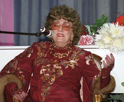 Алла Баянова прекрасно пела