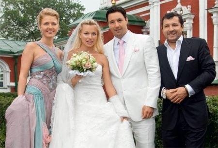 Илья Ковальчук с женой Николь Амбразайтис