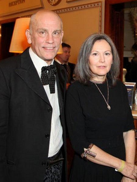 Джон Малкович со второй женой Николетт Пейран