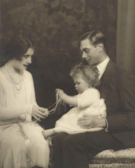 Королева Елизавета II в детстве