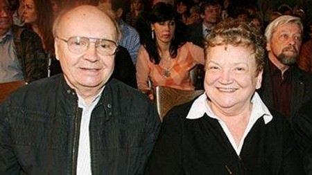 Актер Андрей Мягков с женой актрисой Анастасией Вознесенской