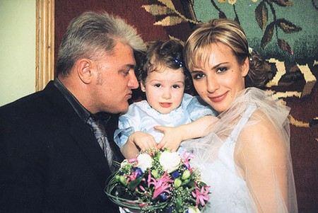 Владимир Турчинский с женой Ириной и дочкой