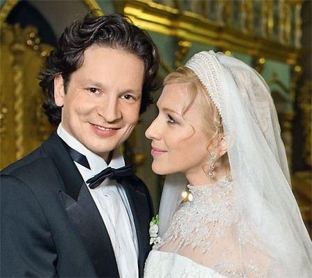 Фигурист Максим Шабалин с женой актрисой Ириной Гриневой