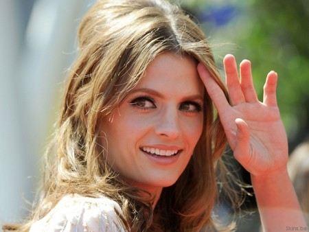 В интернете очень популярны фотографии актрисы Стана Катич