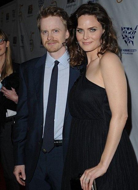 Эмили Дешанель с мужем Дэвидом Хорнсби