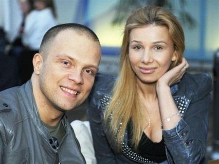 Ди-джей Грув с женой Александрой