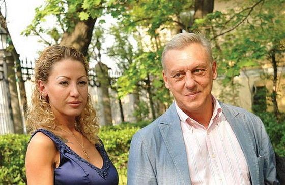 Актер Александр Половцев с новой возлюбленной