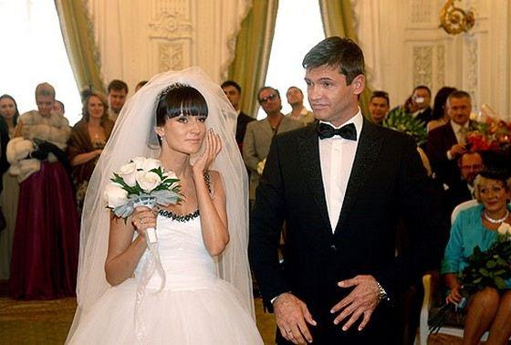 Игорь Лифанов женат на актрисе Татьяне Аптикеевой