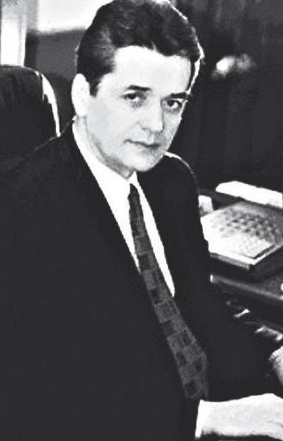 Геннадий Онищенко в молодости
