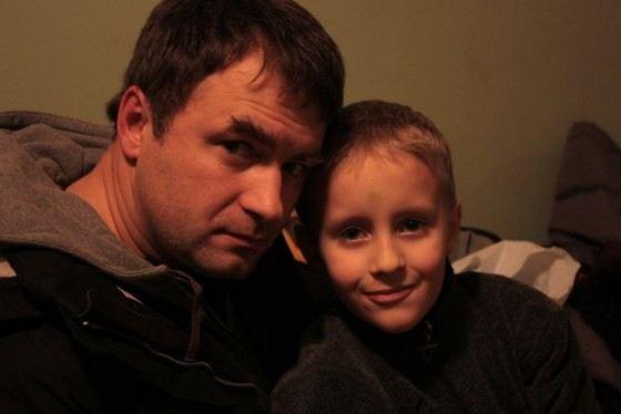 Актер Андрей Казаков с сыном Макаром