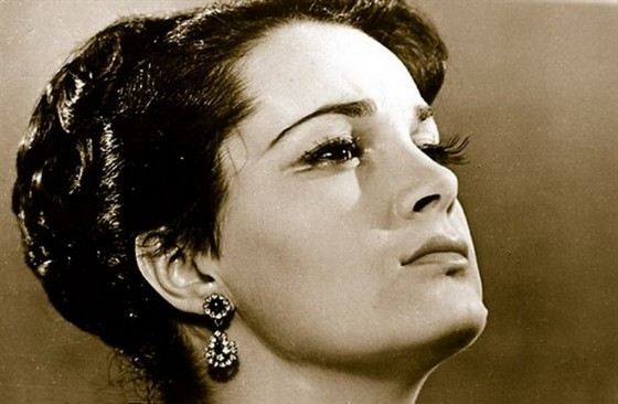 Актриса Элина Быстрицкая в молодости была невероятно красивой