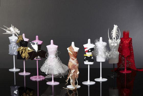 Эпатажные платья Леди Гаги в миниатюре