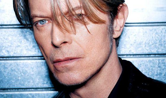 Дэвид Боуи (David Bowie) - британский рок-певец и автор песен