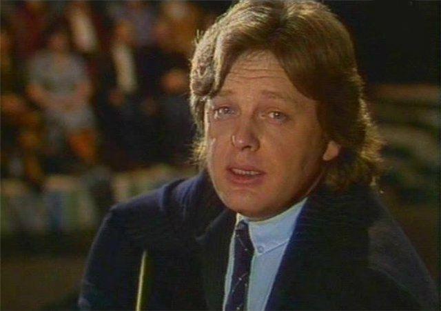 В 80-е годы Юрий Антонов становится известным исполнителем