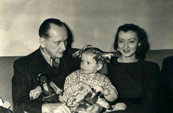 Александр Вертинский с женой Лидией и дочерью Марианной