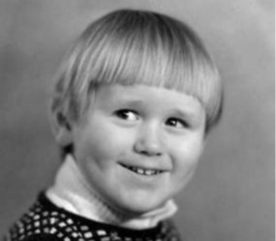 Маленький актер Максим