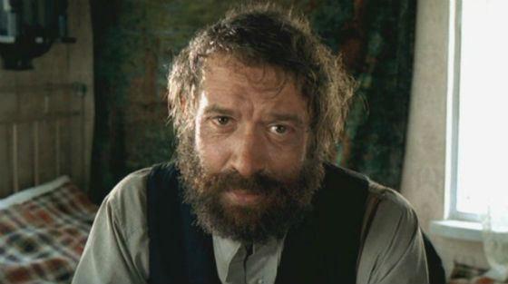 В 2004 году из спектакля «Матросская тишина» Машков сделал фильм