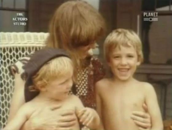 Бен Аффлек с мамой и младшим братом