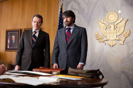 Аффлек и Крэнстон стали агентами ЦРУ
