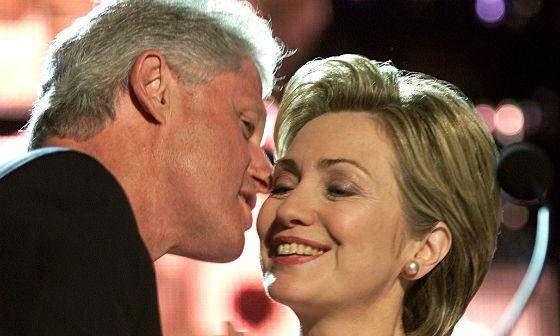 Билл и Хиллари Клинтон по-прежнему вместе