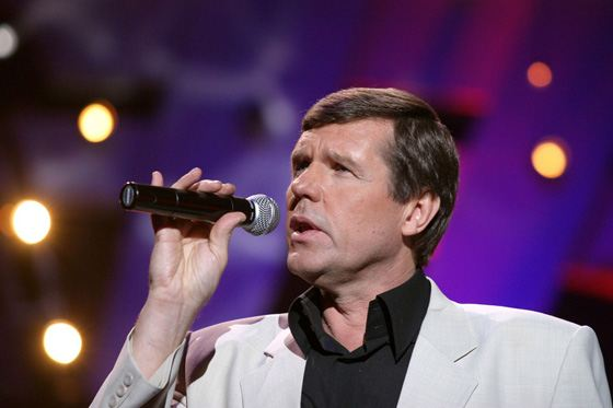 Певец Александр Новиков