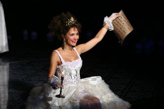 Екатерина Климова на сцене театра