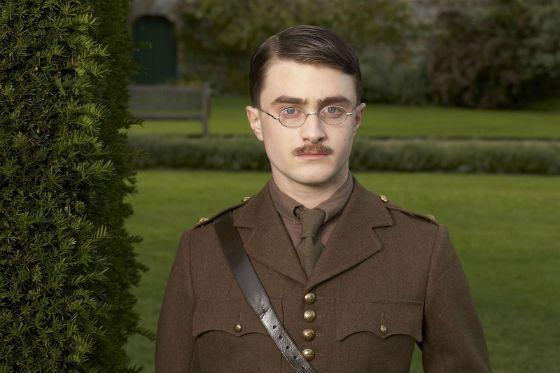 «Мой мальчик Джек»: Дэниел Рэдклифф отрастил усы