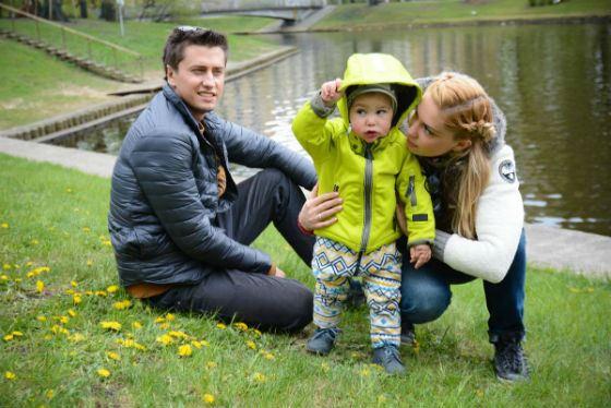 Павел Прилучный с женой и сыном Тимофеем