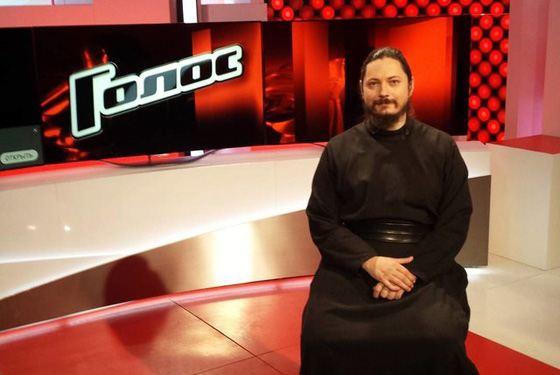 Иеромонах Фотий пришел на шоу «Голос»
